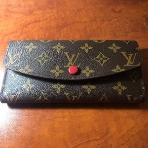 Brand new Louis Vuitton wallet. Comes with box.